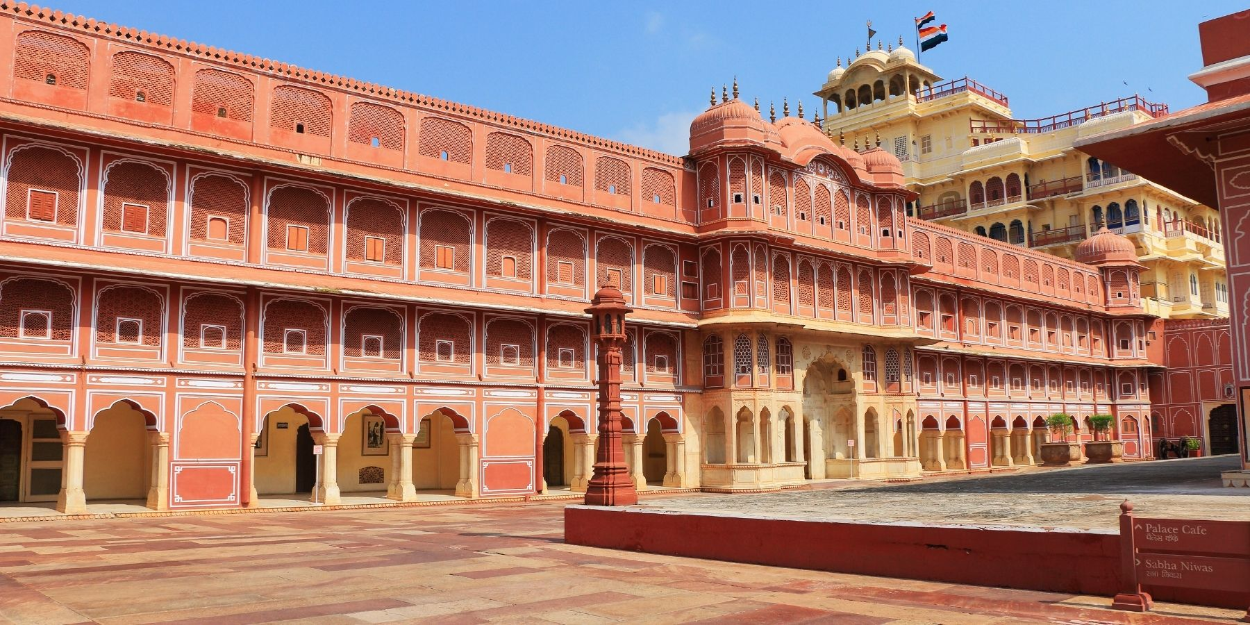 History of royal palaces of India and their survival