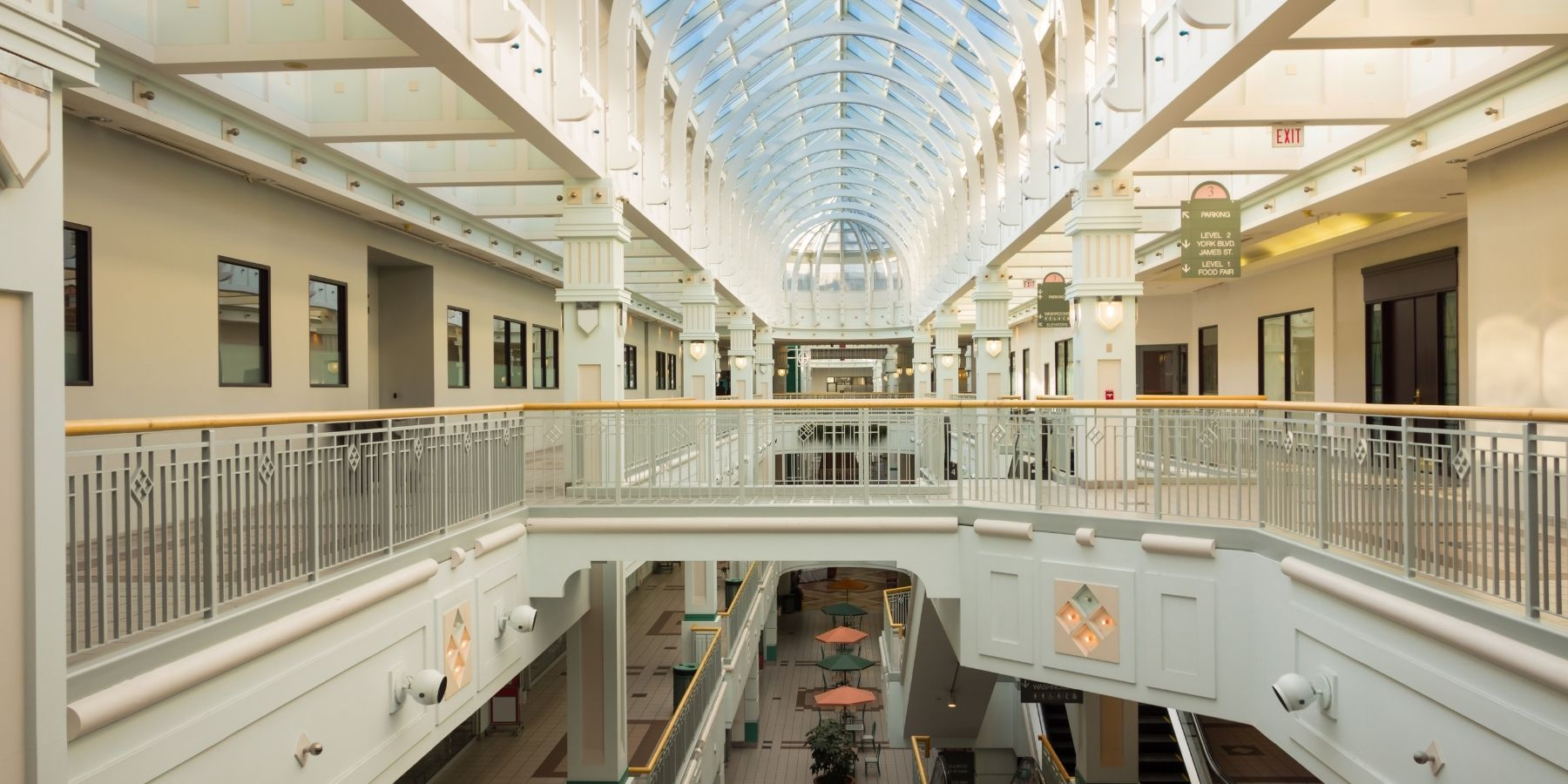 Canadian Chinese Consumerism's influence Over Malls Architecture & Interior